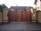 wooden gates for driveways